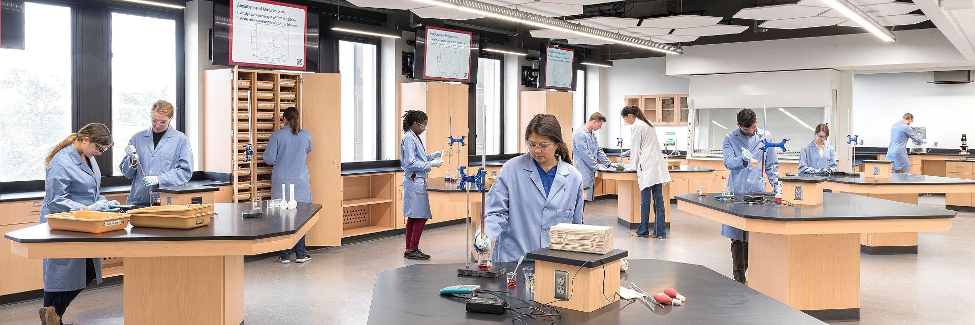 Hamilton Hall Chemistry Laboratory Design