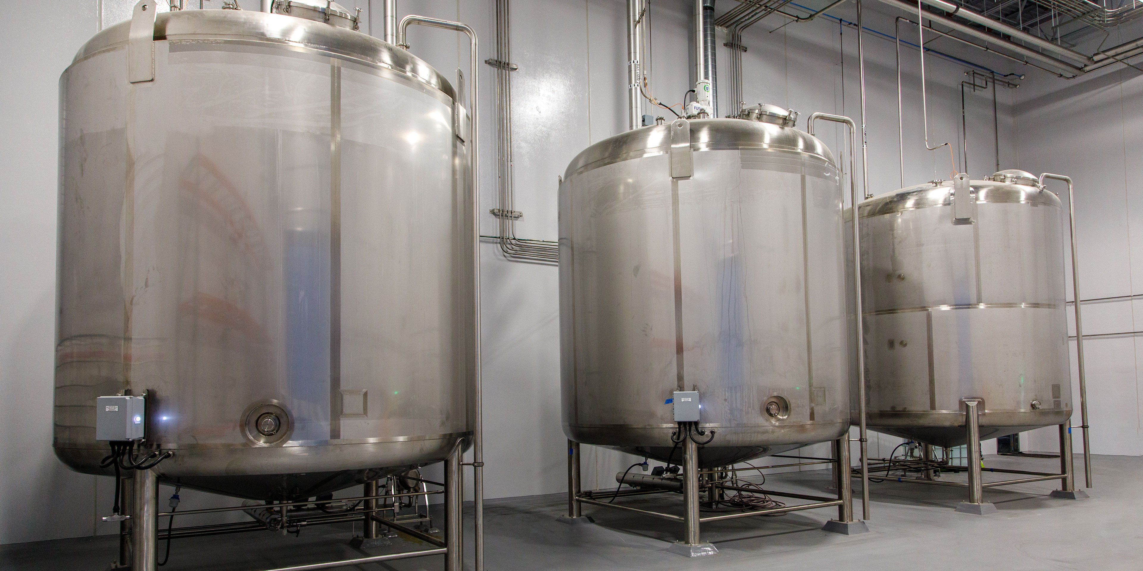 Major liquid holding tanks